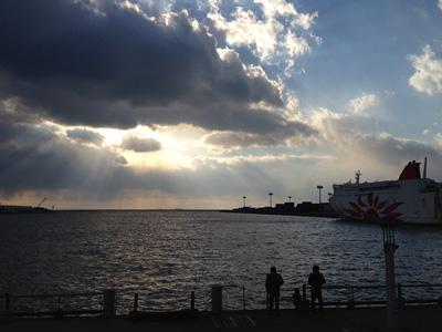 大阪アート&てづくりバザール 大阪港
