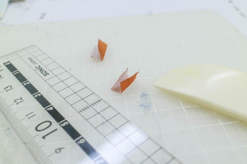 和綴じ豆本:角布を作る