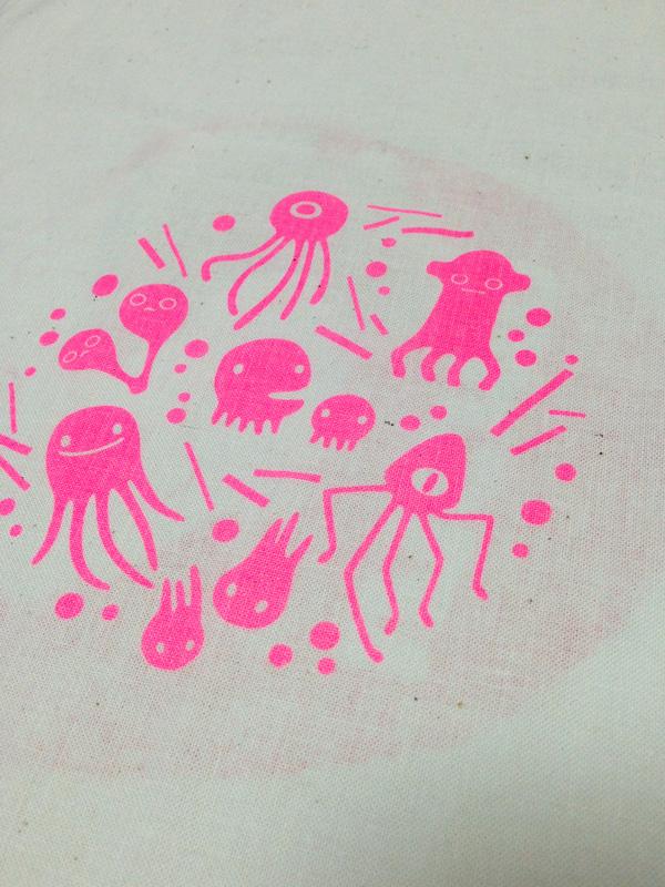 シルクスクリーン 布 ピンク