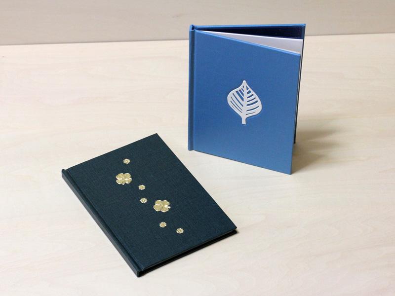 文庫本サイズのハードカバーノート